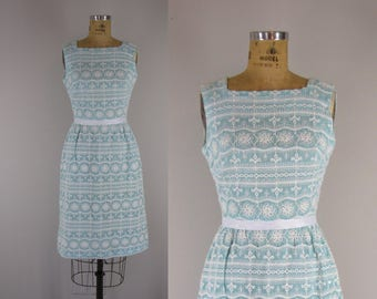 1960s Vintage Dress / 60s Embroidered Cotton Dress