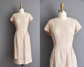 50s soft cream cotton eyelet wiggle dress by Topaz. 50s vintage dress
