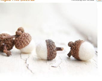 ON SALE Set of 24 SNOW White  Wool Felted Acorns- As seen in Southern Living magazine