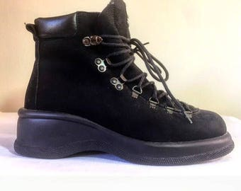 Vintage 90's black suede leather nubuck hiking boots chunky rubber sole size 7.5 Bogner made in Canada