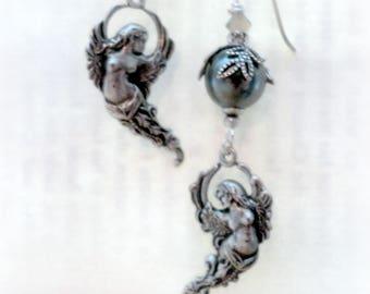 Angel Earrings - Cherub Jewelry - Victorian Jewelry - Pearl Earrings - Romantic Jewelry - Silver Jewelry - Victorian Earrings