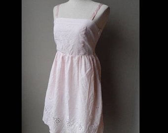 ON SALE Plaid Pink Embroidered Eyelet Sundress Dress Bust 32 Waist 25 size 6 or size S