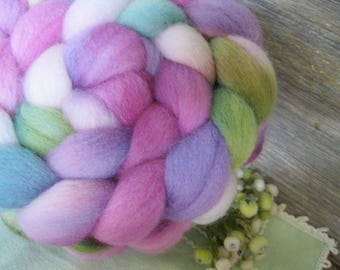 Hand dyed roving top for hand spinning felting crafting USA wool Lavendar Fields