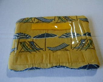 Yellow Beach Chairs and Umbrellas Zipper Pouch with Texting Pocket