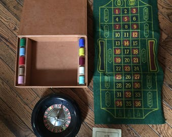Vintage 1941 Lowe Company Roulette Game Set