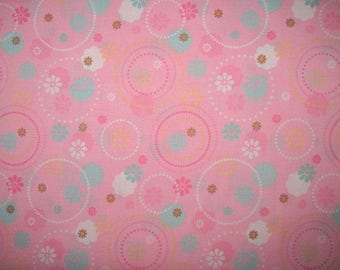18X22, STRAWBERRY SHORTCAKE, Cotton Fabric, Circles, Baby Print, Baby Coordinate, Flowers,