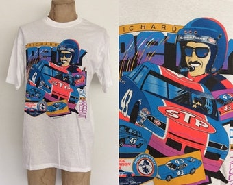 30% OFF 1992 Richard Petty Vintage NASCAR Tee Size Large by Maeberry Vintage