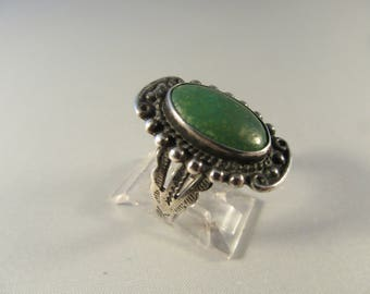 Vintage 1950s Sterling Green Turquoise Ring