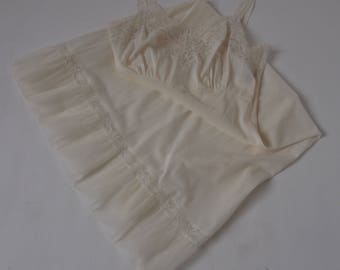 50's Ivory Slip Nylon and  Lace American Maid size 34