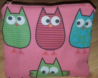 Zippered pouch with a lining. Pretty owl print.