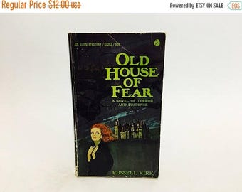 SUMMER BLOWOUT Vintage Gothic Romance Book Old House of Fear by Russell Kirk 1965 Paperback