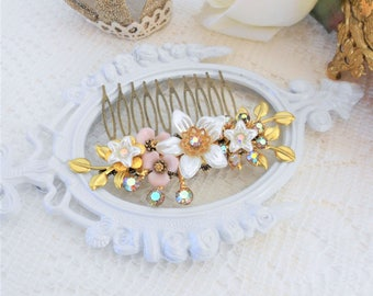 Gold Leaf Hair Comb, Gold Vines, Floral Hair Comb, Bridal Comb, Bridal Hair Accessories, Assemblage Hair,Vintage Bride, Aurora Borealis Comb