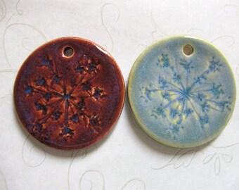 Queen Annes Lace Pottery Pendant Set