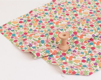 Petit Flowers Cotton  by the yard (width 44 inches) 84403