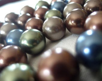 "14mm Round Shell Pearls, Tahitian Blue, Taupe, Chocolate Brown, Olive Green, Warm Brown, 16"" strand, 29 beads"