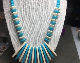 "Vintage 18"" Off White & Turquoise Plastic Beaded Tassel Center Necklace"