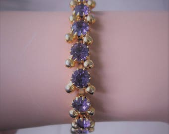 Weiss Purple Amethyst Bracelet Faceted Prong Set Rhinestones Gold Plate Vintage-1950's-Excellent SIGNED WEISS