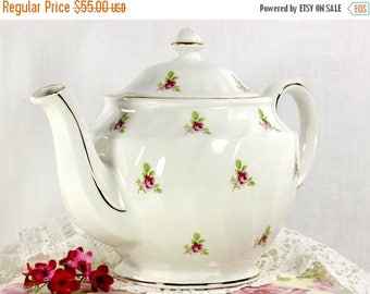 ON SALE Sadler Tea Pot,  Vintage Tea, Rosebud Chintz Teapot, English Porcelain  - 12611