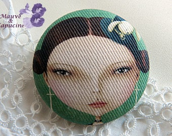 Girl drawing cloth button - 40 mm / 1.57 in diameter