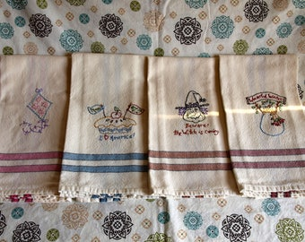 Seasons Stripped Dish Towels