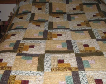 Log Cabin Gold Blend Quilt