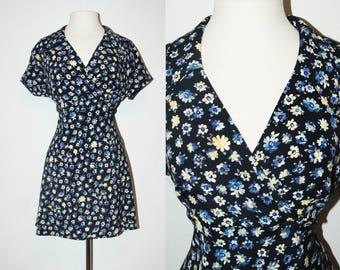 VINTAGE Florals Mini Dress / 90s Lapel / Size Medium-Large