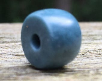 Hand Carved Vonsen Blue Jade Bead