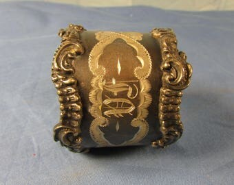 Engraved Napkin Ring Victorian Vintage Silver Plate Bright Cut Decoration Awesome