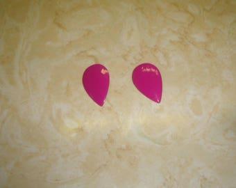 vintage clip on earrings fuschia bright pink enamel metal teardrop