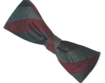 1950s Bow Tie, Striped Bow Tie, Vintage 50s  Bow Tie, Batwing Bowtie, Narrow Bowtie, Clip On Bow Tie, Black Gray Red, Slim Bow Tie