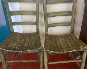 Farmhouse chairs//2 Rustic Chairs//Kitchen Chairs//Vintage wooden Chairs//Green Chairs