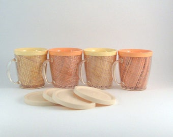 Vintage Mug Set Thermo Ware Raffia with Lids Insulated Melamine Yellow Peach Pastel