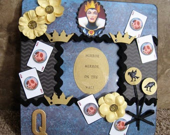 Disney Villain Decorative Frame - Evil Queen - Snow White - Mirror Mirror on the Wall
