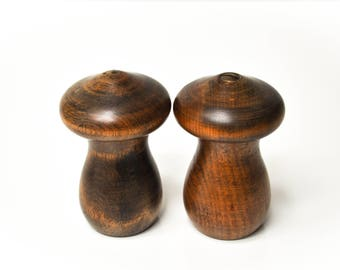 Vintage Wooden Mushroom Salt and Pepper Shakers - Salt Shaker and Pepper Mill