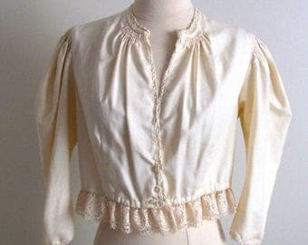 1/2 Off SALE Antique Blouse, Octoberfest, Vintage Baumwolle Blouse, Ivory Ethnic Folk Top, Old World Blouse, Octoberfest