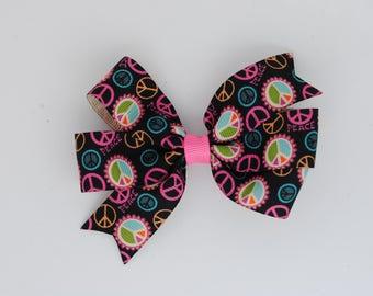 Hair bow, toddler hair bow, black peace sign hair bow, black hair bow, classic pinwheel bow, 3.5 inch hair bow, girls hair bow, peace sign