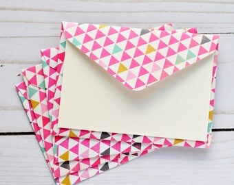 Pink Triangle Mini Cards // Set of 4 // Blank Cards // Gift Card Envelopes // Square Cards // Advice Cards // Enclosure Cards