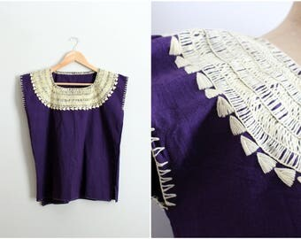 70s Purple Bohemian Blouse / 1970s ivory Hand Embroidered Mexican Top / Boho top / Collar Top /Hand Made Vintage Guatemala/ Huipil /Size S/M