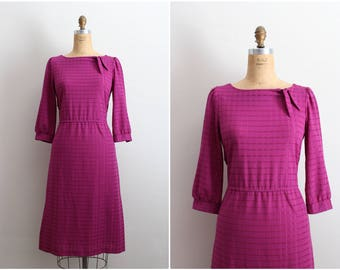 70s Boatneck Purple Dress / Bow Dress / Plaid Dress / Wiggle Dress / 1950s / Day Dress / Size M/L
