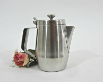 International Stainless 12 oz Pitcher #5027   Small Serving Pitcher / Creamer Polished Stainless Steel   Thumb Tab Lid   Server