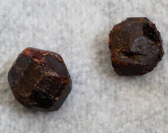 Garnet Rough Small Crystal Garnet Crystal Red Garnet Gemstone Almandine Garnet Raw Garnet Natural Garnet (CRYR-AGA-S)
