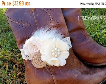 SALE IVORY Buralp Boot Bracelet - Boot Band - Boot Accessory - Wedding Boot Cuff - Boot Flower - Rustic Wedding - Boot Jewelry - Country Wed