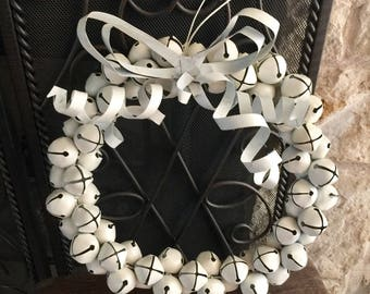 Vintage 66 Bell Wreath Metal Bow Shabby White Abx