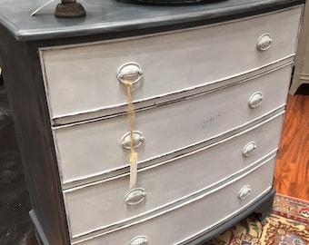 Four Drawer Dresser w/Urn Pulls #334