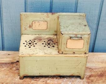 Kids Electric Play Stove - Vintage Toys - Vintage Kitchen Toy - Vintage Metal Toys