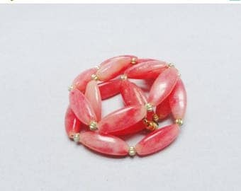 CLEARANCE Vintage Necklace 50s 60s Peachy Pink Coral Beads Gold Ball Necklace Screw Closure 25""