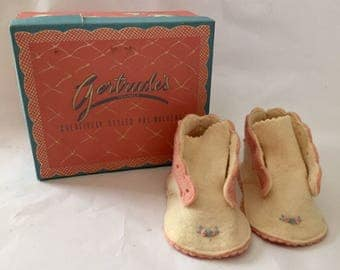 Vintage 1950s Gertrude's Wool Felt Baby Shoes Pink White with Box