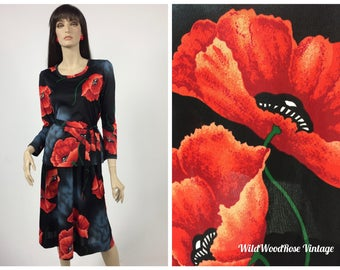 Vintage 1970's Black and Red Poppy Print Jersey Knit Blouse and Skirt with Tie Belt - Long Sleeve Scoop Neck Top - A Line Skirt - 3 PC - S/M