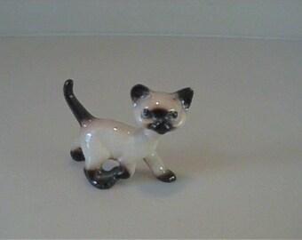Vintage 1959 miniature Hagen Renaker Siamese running kitten