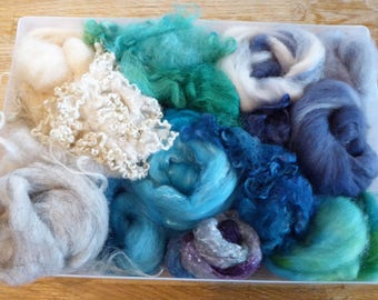 Hope Jacare - Mixed wool pack- custom blended top -  120g hand dyed top and fleece  - MWP06